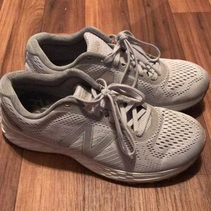 Like new New Balance Sneakers